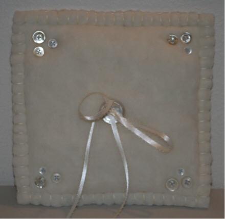 web-ringbearers-pillow.jpg